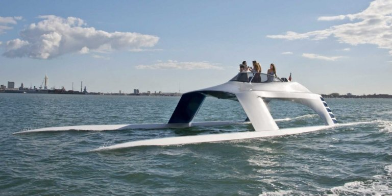 this-super-sleek-yacht-cuts-through-water-like-a-knife